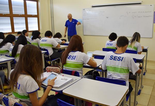 O Sesi é uma escola que uniu educação, inovação e tecnologia, preparando os alunos para serem capazes de construir seus projetos de vida de forma mais consciente e competente