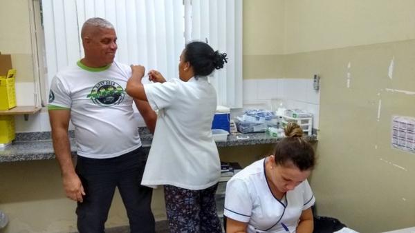 Durante a ação desenvolvida e executada pelos profissionais da UBSF Jardim Noroeste, mais de 30 homens receberam atendimento médico e odontológico