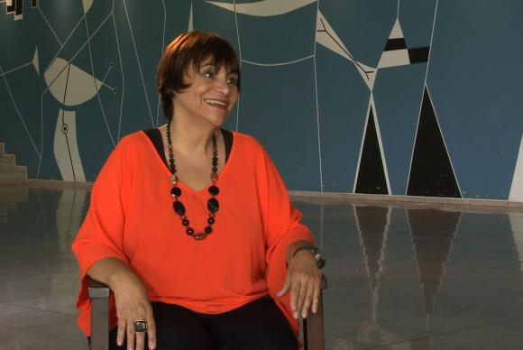 A radialista Mara Régia é a entrevistada do programa Conversa com Roseann Kennedy, na TV Brasil
