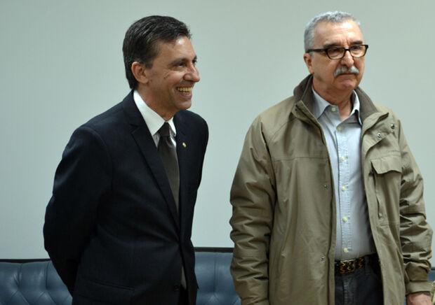 Candidatos à presidência Esacheu Cipriano Nascimento e Jesus Alfredo Ruiz Sulzer