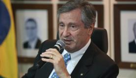 Brasília - O ministro da Justiça e Segurança Pública, Torquato Jardim, durante assinatura de cooperação com o governo de Minas Gerais (Fabio Rodrigues Pozzebom/Agência Brasil