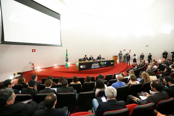 Brasília - Abertura do 1 Seminário Internet e Eleições, organizado pelo Tribunal Superior Eleitoral (TSE) em parceria com o Ministério de Ciência e Tecnologia (Marcelo Camargo/Agência Brasil)