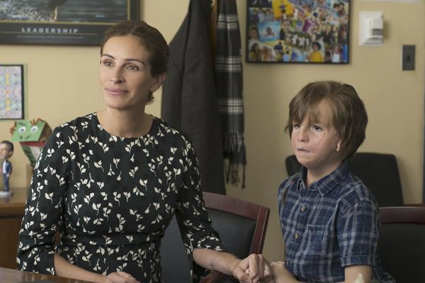 Miudinho para sua idade, Jacob às vezes lida com as brincadeiras de outras crianças na escola pública que frequenta, em Vancouver.