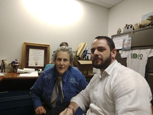O ponto alto da missão técnica de Felipe Kleiman foi o contato com a professora Temple Grandin, da Universidade do Colorado