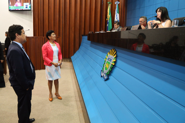 Vereadora Enfermeira Cida discursou durante sessão