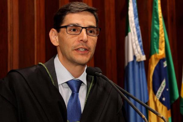 Montali pede regime de urgência e destaca parceria entre os Poderes