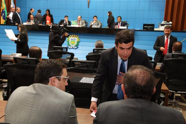 Deputados aprovaram três propostas na sessão ordinária desta terça-feira