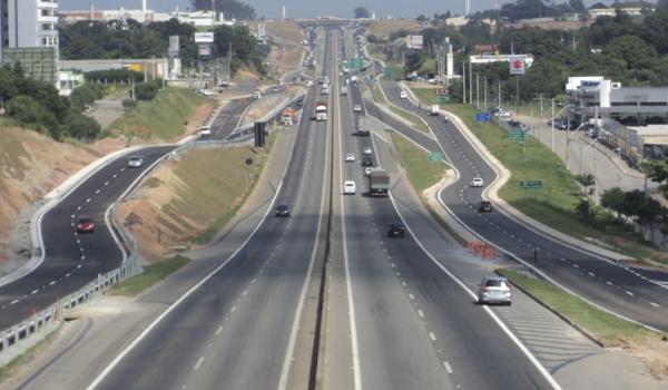 O projeto apresentado pela ViaOeste inclui a duplicação da rodovia Raposo Tavares e o contorno da cidade de São Roque, entre outros.