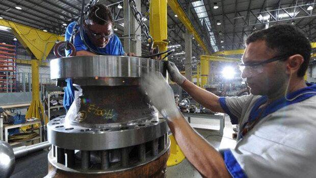 A produção industrial cresceu em seis dos 14 locais pesquisados no País na passagem de setembro para outubro, segundo os dados da Pesquisa Industrial Mensal - Produção Física Regional, divulgados nesta sexta-feira, 8, pelo Instituto Brasileiro de Geografi