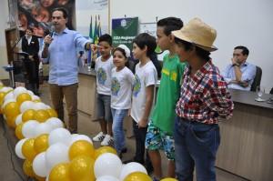 """Durante o evento, escolas da Reme fizeram uma apresentação cultural e a auditora federal Janaina Gonçalves Theodoro de Faria ministrou a palestra """"Pequenas Corrupções""""."""