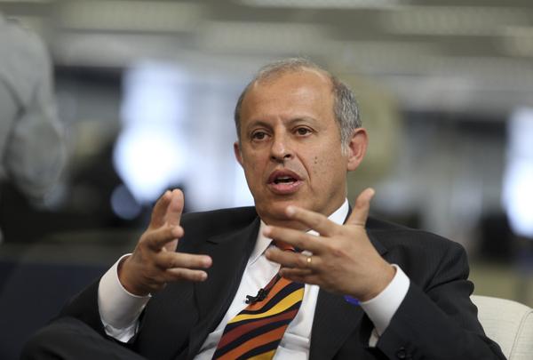 O advogado criminalista Alberto Zacharias Toron, que defende o senador Aécio Neves (PSDB-MG), divulgou nota nesta quinta-feira, 7, na qual afirma que a quebra de sigilo bancário e fiscal é medida extremamente natural e salutar para confirmar a absoluta c