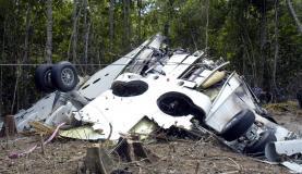 Destroços do avião da Gol encontrados na Terra Indígena Capoto Jarina, em Mato Grosso, após a queda, em 2006