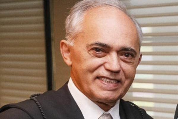 Os alvos eram Raimundo Carreiro, o ministro Aroldo Cedraz, e o advogado Tiago Cedraz, filho deste.