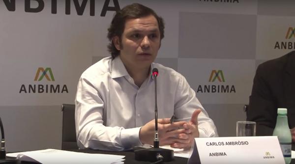 Carlos Ambrósio, diretor da ANBIMA Considerando um cenário de juro estável no exterior, o volume a ser captado pelas empresas vai depender das condições do mercado local, onde a base de investidores está crescendo e os custos estão mais competitivos, di