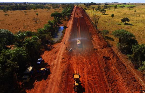 No trecho são investidos mais de R$ 20 milhões – recursos do Governo do Estado e do Ministério do Turismo.