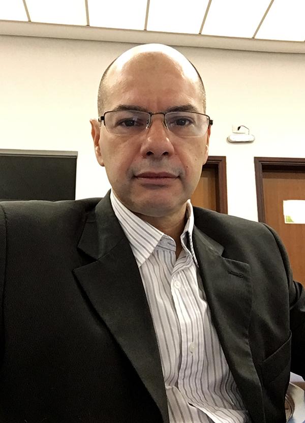 Gustavo Bizelli, economista, pós-graduado em administração de empresas e especialista em marketing intelligence. Atua há 14 anos como analista chefe da Diferencial Pesquisa de Mercado.
