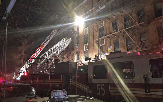 O prefeito da cidade, Bill de Blasio, confirmou a morte de 12 pessoas e afirmou que, além disso, há quatro feridos em estado crítica