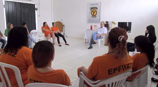 Diante disso, detentas de unidades penais de regime fechado de Campo Grande e de Jateí participam de ações que visam combater o vício.