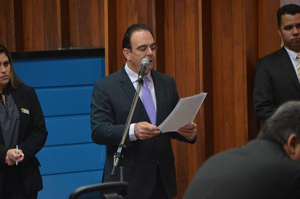 O deputado estadual Felipe Orro solicitou serviço de recapeamento na MS-450, no trecho pavimentado.