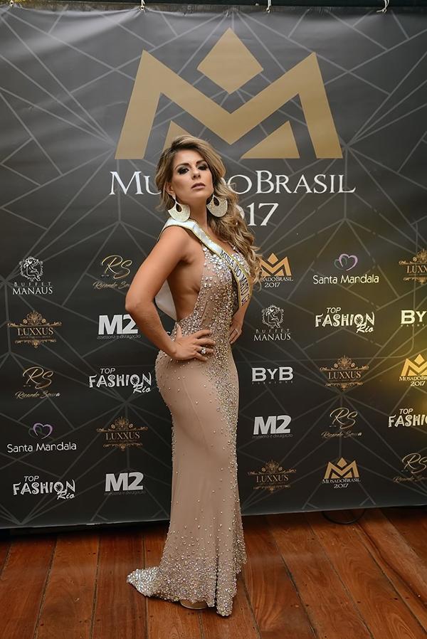 Mas a noite brilhou mesmo foi para Vanessa Perez, Musa do Mato Grosso do Sul que convenceu os jurados e o os internautas de que merecia levar a faixa de campeã para casa, e se consagrou duplamente vencedora