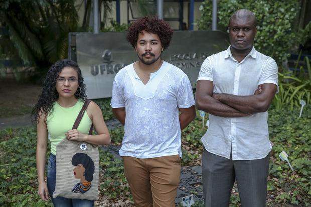 As críticas acontecem, principalmente, em relação aos alunos que se autodeclararam pardos mas que, no entendimento do movimento negro, não podem ser considerados negros