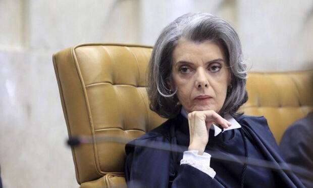 O TRF-4 vai julgar os recursos de Lula, condenado pelo juiz Sérgio Moro a uma pena de 9 anos e seis meses de prisão, e de outros seis réus no processo do triplex do Guarujá