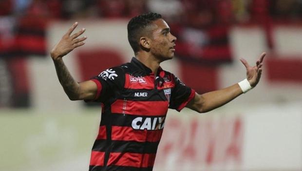 Luiz Fernando também é um jovem atleta, de 21 anos, que chega ao Botafogo
