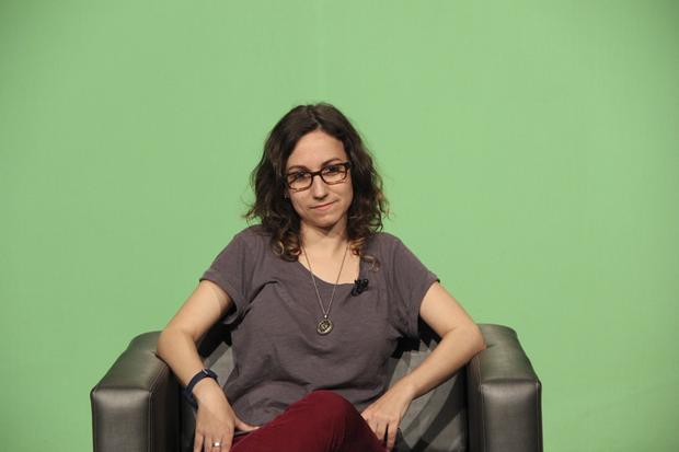 A autora - selecionada em 2012 pela Granta como uma das melhores jovens escritoras brasileiras, com livros publicados na Espanha, Argentina e agora nos Estados Unidos, em 2018