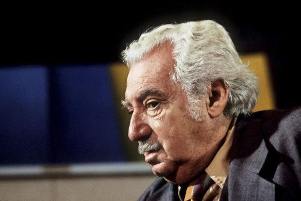 Dos nomes na lista divulgada pela Academia Sueca, Yasunari Kawabata levaria o Nobel em 1968; Samuel Beckett no ano seguinte; Pablo Neruda em 1971; Eugene Montale em 1975; Saul Bellow em 1976 e Claude Simon em 1985
