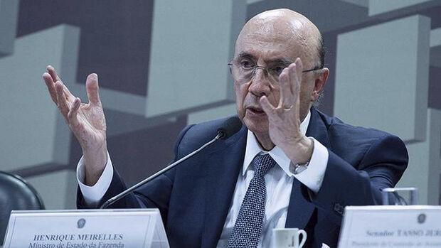 Durante a coletiva, Meirelles afirmou ainda que não se deve transformar o movimento técnico da S&P em evento político