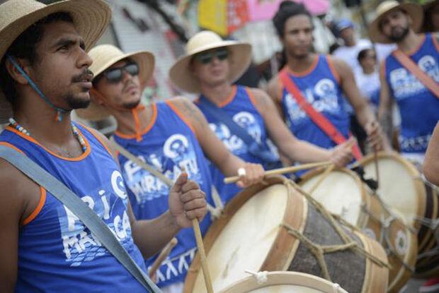 O bloco busca valorizar e dar visibilidade ao maracatu de baque virado, uma tradição da cidade do Recife