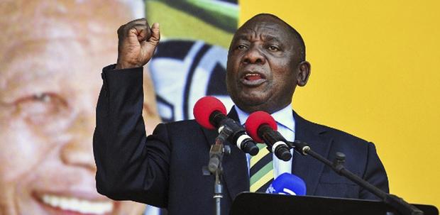 Ramaphosa, por sua vez, é um ex-líder sindical que se tornou um dos homens mais ricos da África do Sul, antes de se voltar para a política
