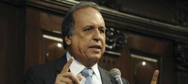 O governador Pezão adiantou que o governo realiza ainda esta tarde uma reunião para fazer um  balanço dos episódios de violência nos últimos dias