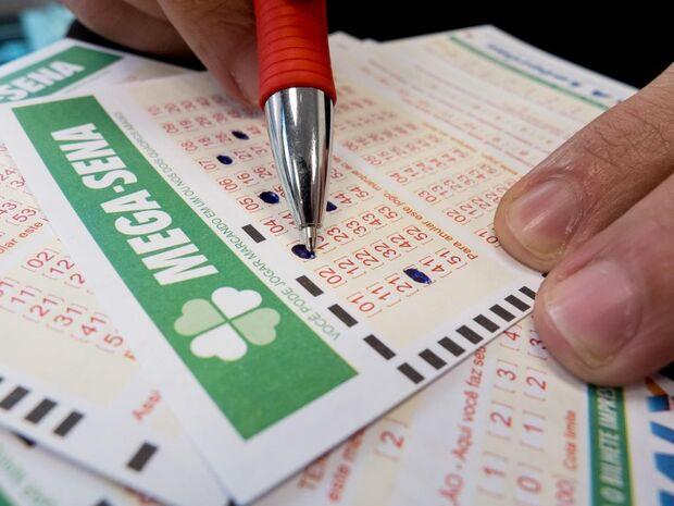 Os jogos podem ser feitos até as 19h (horário de Brasília) de quarta-feira, em qualquer casa lotérica do país