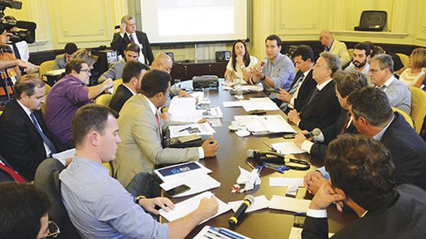 O projeto do fundo foi articulado por Maia e pelo governo, na esperança de ter como contrapartida o esforço dos governadores em busca de apoio para a reforma da Previdência