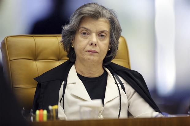 Em janeiro, o ministro Humberto Martins liberou a posse, por entender que não óbices legais para impedi-la