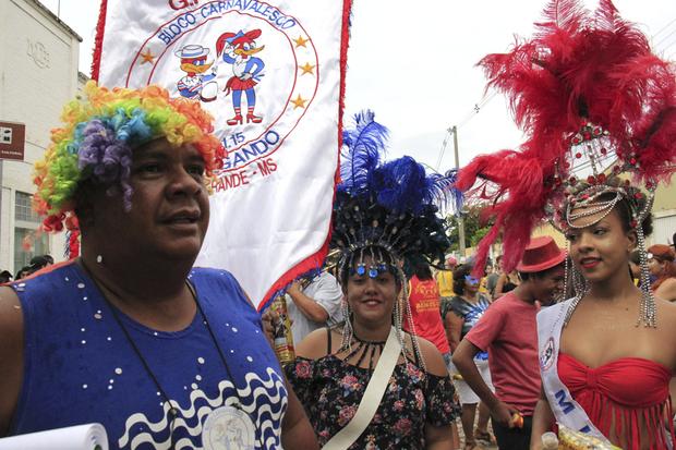 O secretário destacou o sucesso dos eventos realizados em todos os municípios apoiados pelo Governo do Estado, desde o mais estruturado e animado carnaval, que é Corumbá, às pequenas localidades, como o distrito de Piraputanga, em Aquidauana