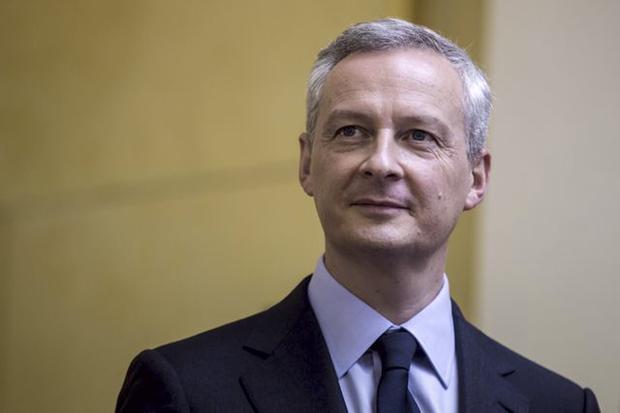 A França poderia ainda adotar medidas para cortar mais seu endividamento, disse ele, sem dar detalhes