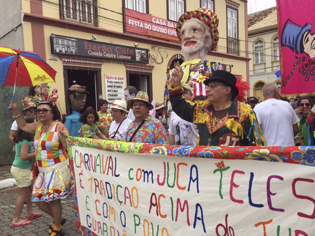 Para 2018, a Prefeitura liberou a propagação só de marchinhas de carnaval para a festa. Bandas ou carros de som que reproduzirem outro ritmo podem ser multados em R$ 1.028, valor que dobra na reincidência