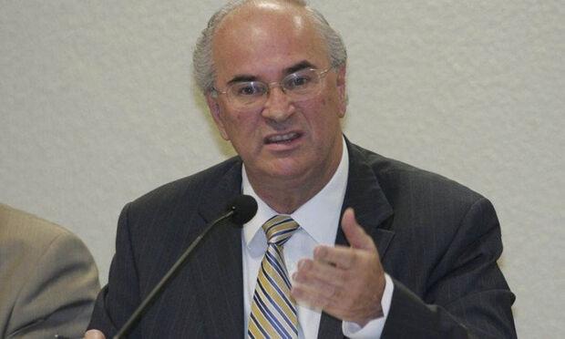 O delator apontou aos investigadores que notas fiscais apreendidas pela operação na casa de Lula, em São Bernardo do Campo, são as mesmas que ele entregou ao compadre do ex-presidente