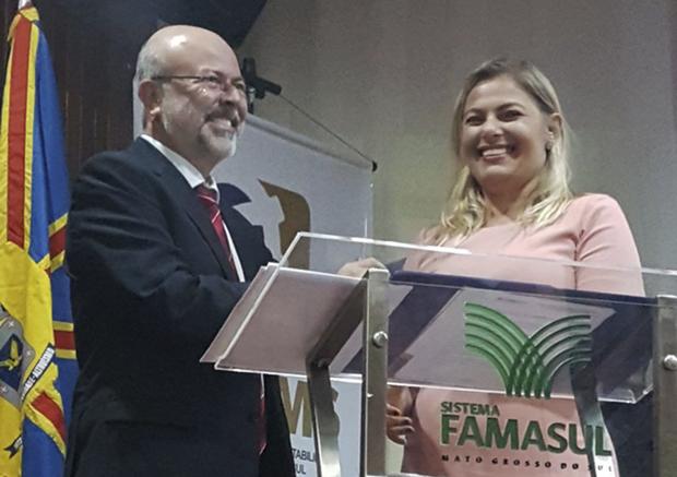 A presidente eleita, Iara Marchioretto agradeceu a presença de todos e afirmou que sua gestão será de continuidade, pois o CRC/MS está no patamar em que está graças aos seus antecessores