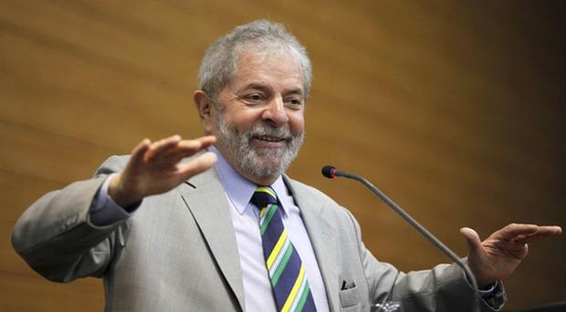 A defesa de Lula tem direito ainda a entrar com Recurso Especial perante o Superior Tribunal de Justiça (STJ) e com Recurso Extraordinário no Supremo Tribunal Federal (STF)