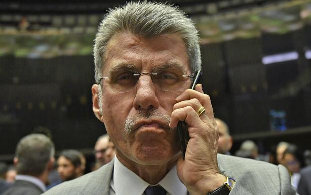 O advogado Antonio Carlos de Almeida Castro, que representa Jucá, afirmou durante o julgamento que o MPF pretende criminalizar a atuação regular do senador como parlamentar