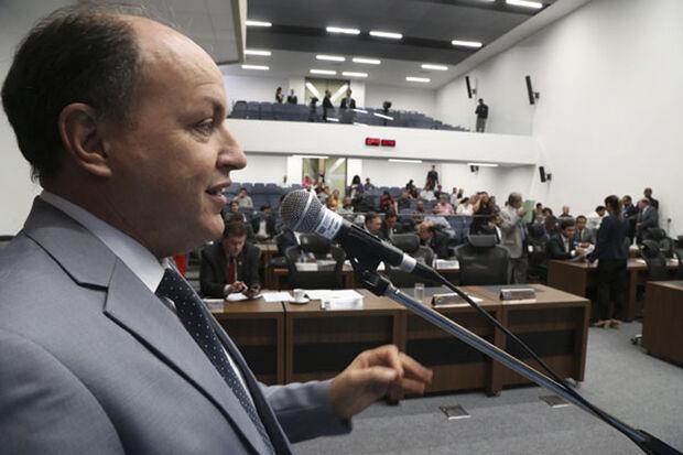 Junior Mochi apresentou três encaminhamentos que irão beneficiar os municípios de Aral Moreira, Paranaíba e Pedro Gomes