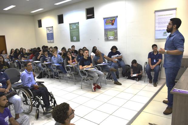 Em um bate-papo, os futuros jornalistas e publicitários também puderam tirar dúvidas sobre a gestão da comunicação na empresa responsável pelos serviços de água e esgoto de Campo Grande