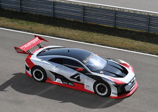 Carro-conceito totalmente elétrico será usado como táxi de corrida na Fórmula E