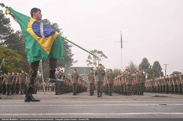 Dia do Exército é comemroado em 19 de abril