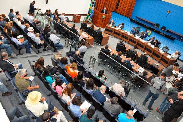Audiência Pública reuniu produtores, prefeitos, ambientalistas e a população