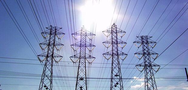 A região Sudeste/Centro-Oeste foi a que mais registrou aumento na carga de energia elétrica em março contra março 2018, de 3,1%, seguida pela região Norte, alta de 2,4%, e da região Sul, alta de 2,4%