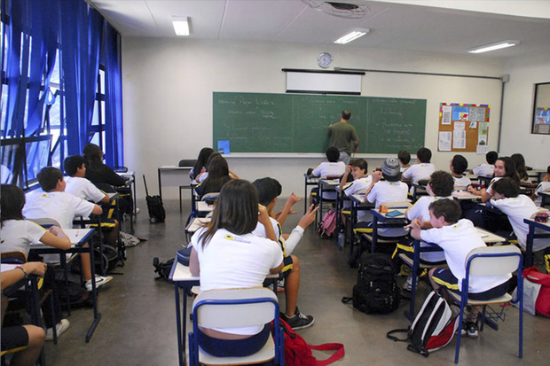 Mauro Aguiar, diretor do colégio Bandeirantes, na zona sul da capital, diz que já informou os docentes sobre a manutenção dos principais pontos da convenção